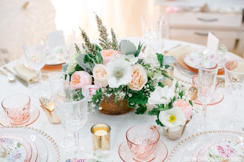 gold-blush-romantic-wedding-table-barclays-rentals-flowers-for-you-portland1