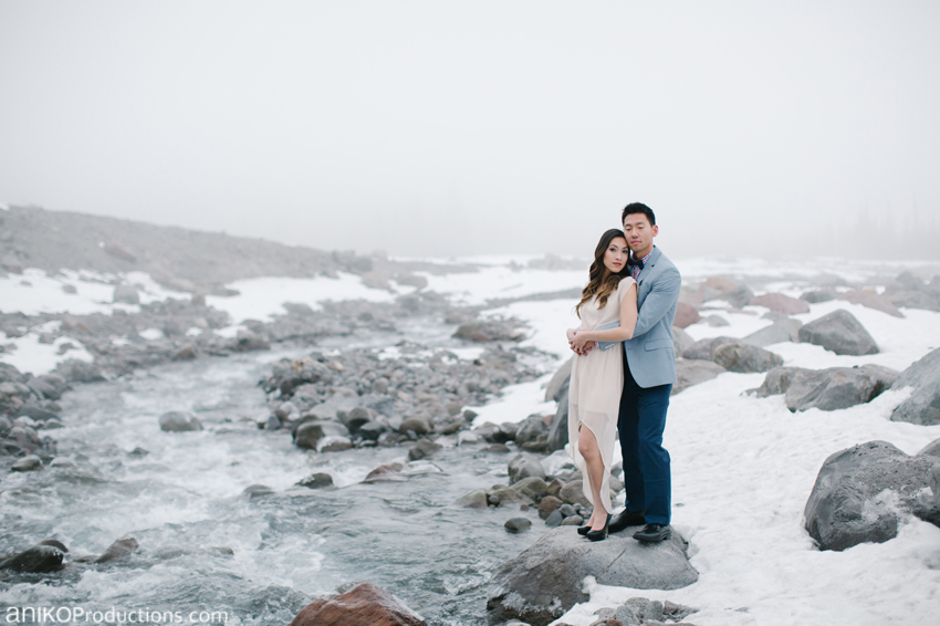 mt-hood-snow-oregon-engagement-photos-ice-river-3