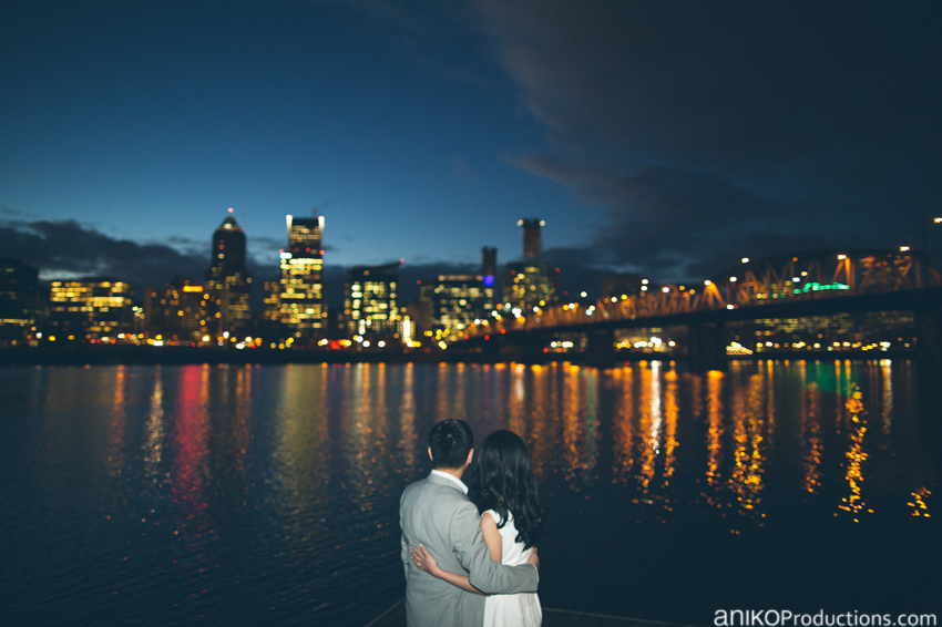 portland-downtown-waterfront-engagement-photos-night-skyline-cityscape6