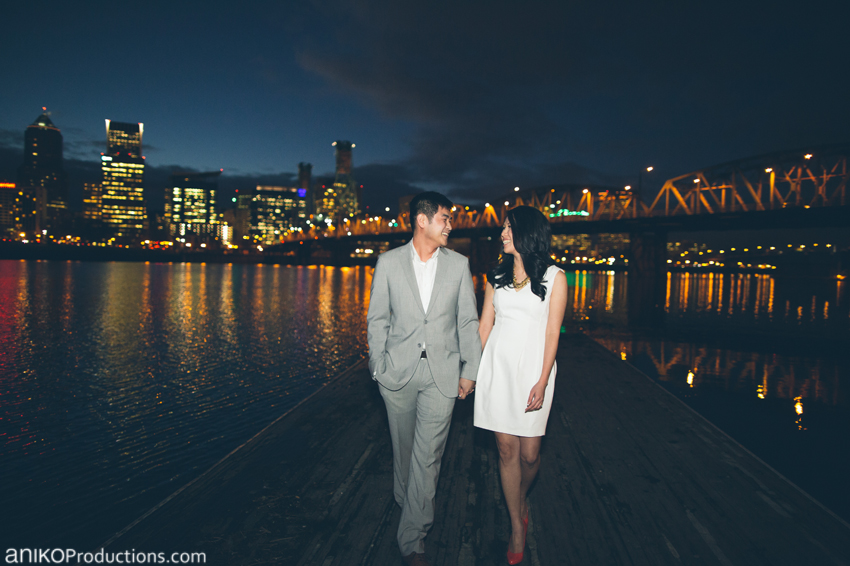 portland-downtown-waterfront-engagement-photos-night-skyline-cityscape7