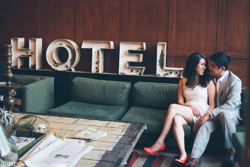 portland-downtown-waterfront-engagement-photos1-ace-hotel