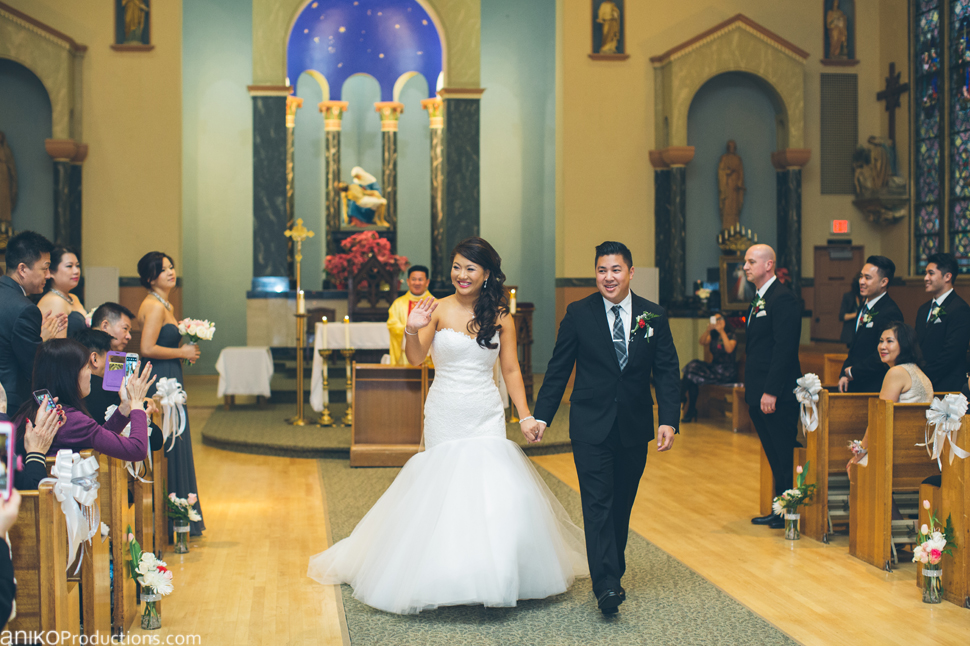 portland-wedding-photos-winter-catholic-church12