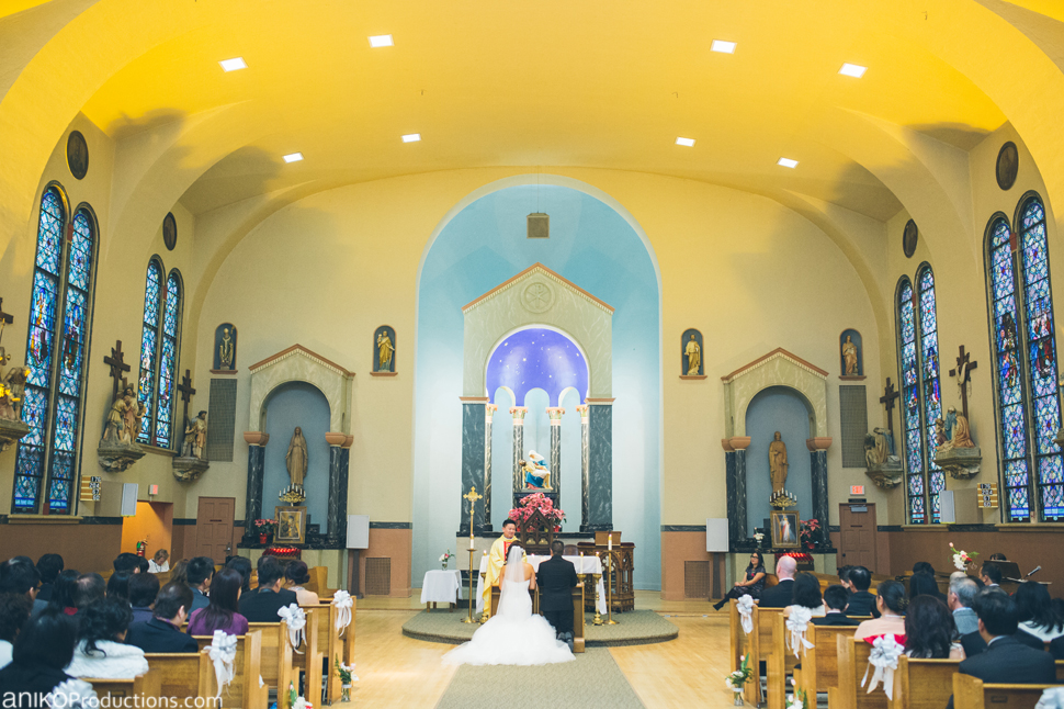 portland-wedding-photos-winter-catholic-church6