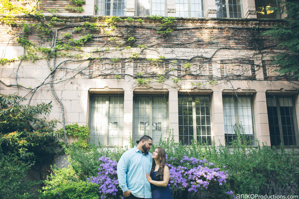husky-seattle-engagement-photos-football-university-washington-campus20
