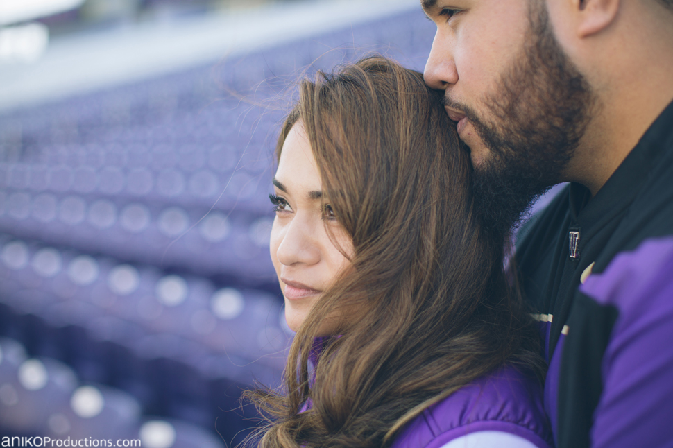 husky-seattle-engagement-photos-football-university-washington-campus4