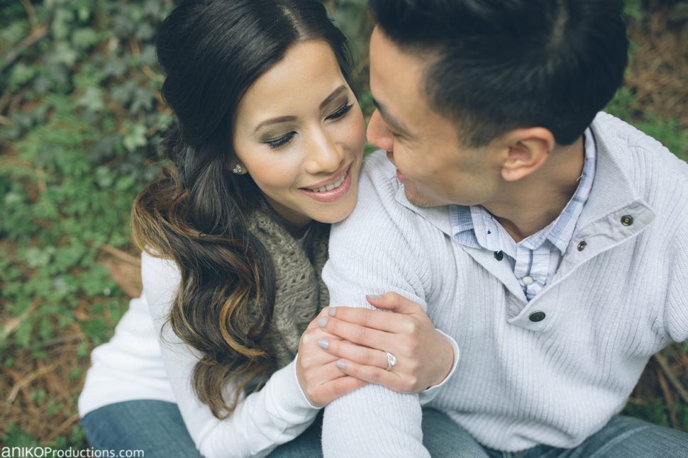 the-grotto-portland-engagement-outdoors-oregon7