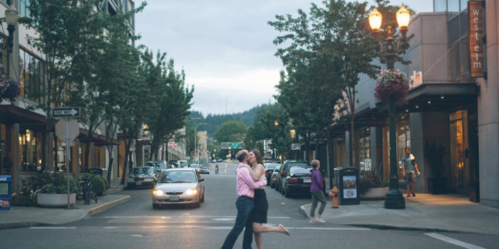 Julie & Chris | Downtown Portland Engagement Photos