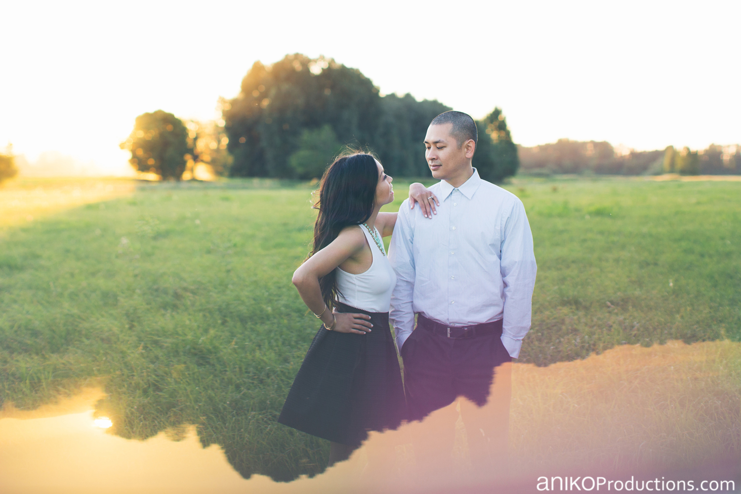 sauvie-island-engagement-photo-prism-sunset