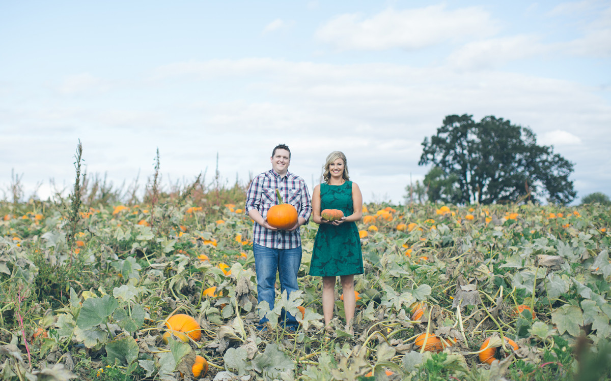 Stacey & Martin | Sauvie Island Engagement Photos