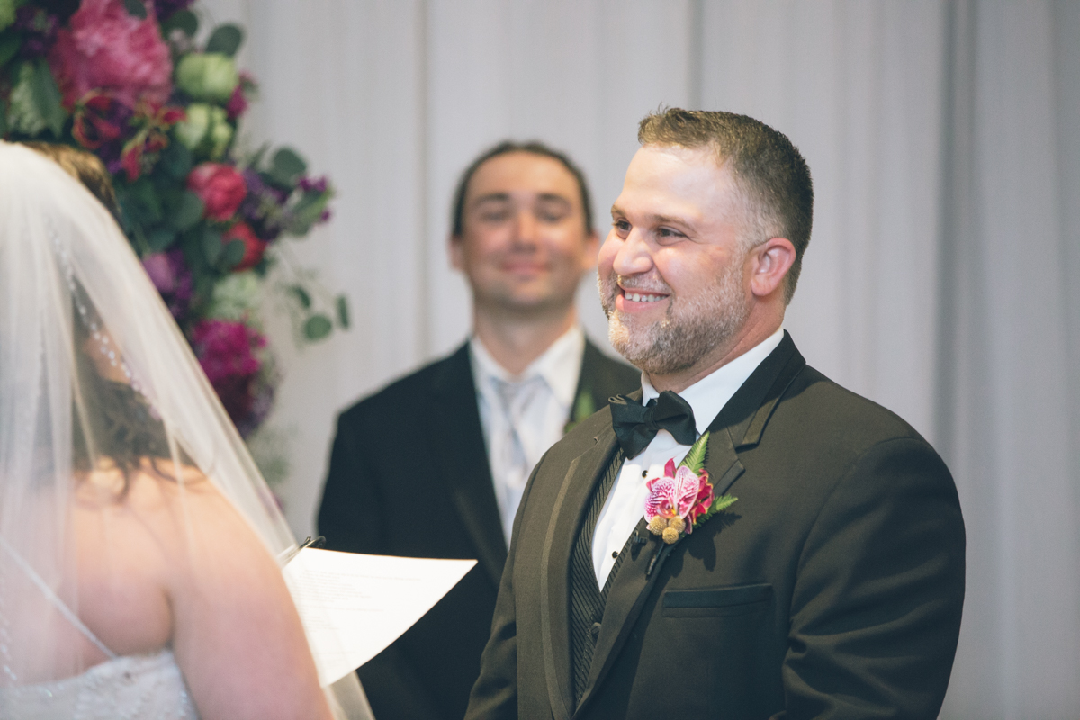 wedding-portland-embassy-suites-photographers110