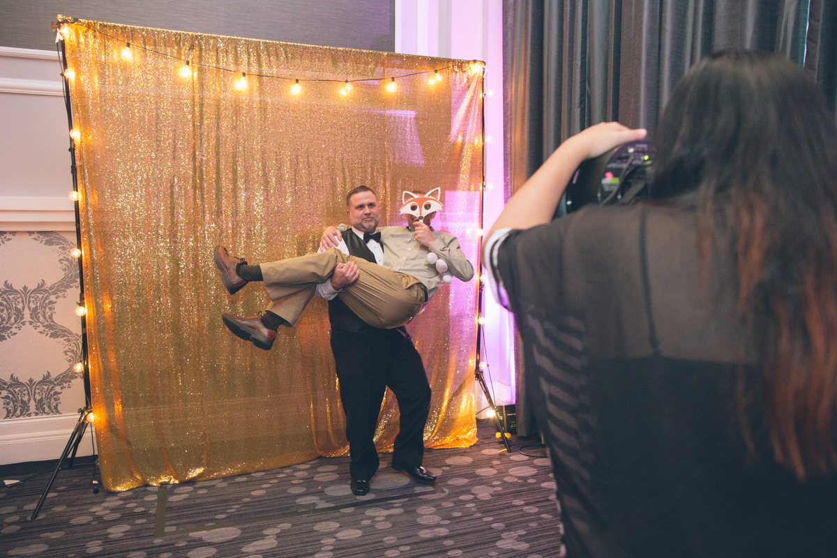 wedding-portland-embassy-suites-photographers169