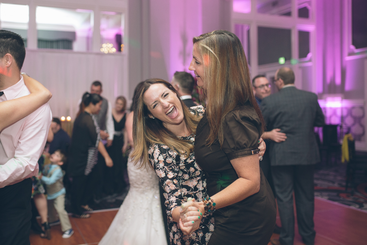 wedding-portland-embassy-suites-photographers171