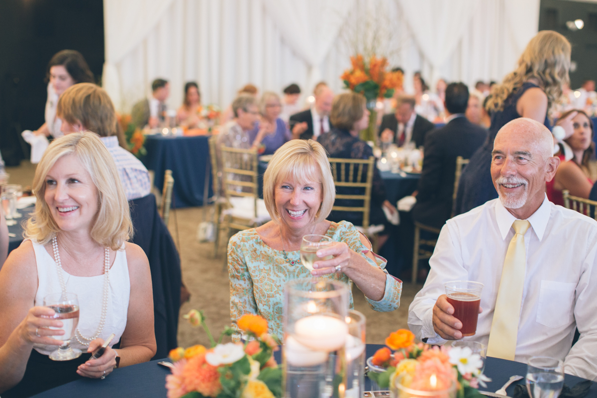 wedding guest toast during dinner