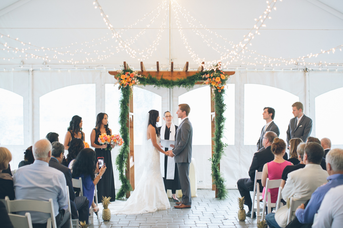 oregon wedding at the aerie