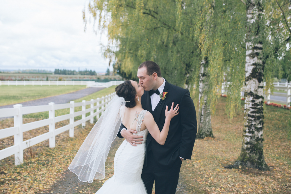 langdon farms oregon wedding pics