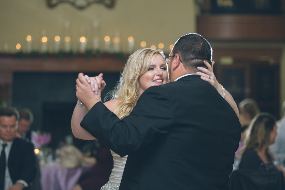 first dance at zenith vineyard wedding