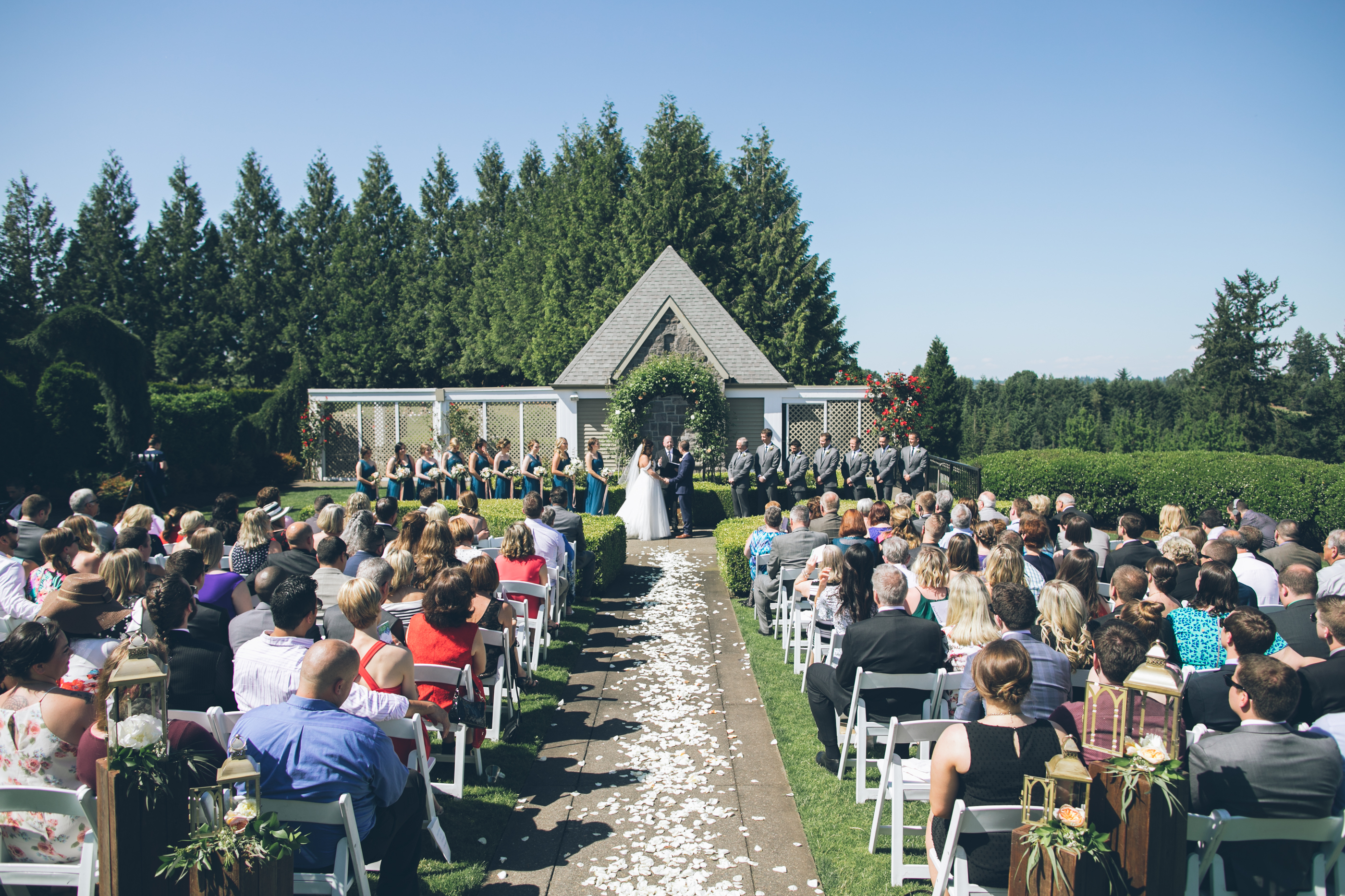 oregon golf club wedding ceremony j29 planner pdx